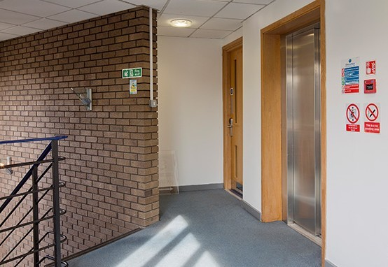 Archway Road NW5 office space – Hallway