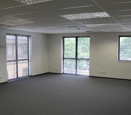 Fairfax House, Cromwell Park OX7 office space – Private Office (different sizes available).