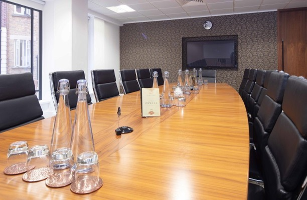 Little Britain EC1 office space – Meeting/Boardroom.