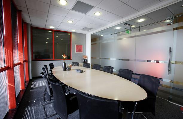 Aztec West BS1 office space – Meeting/Boardroom.