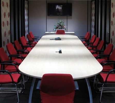 Cox Lane KT9 office space – Meeting/Boardroom.