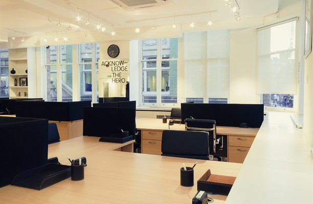 Lexington Street W1 office space – Private Office (different sizes available).