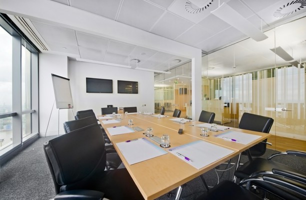 Bank Street E14 office space – Meeting/Boardroom.