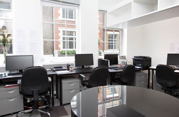 Carlisle Street W1 office space – Private Office (different sizes available).