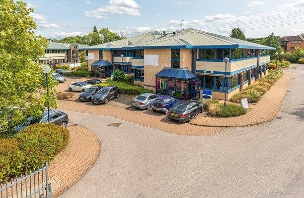 Fishponds Road RG40 office space – Building External