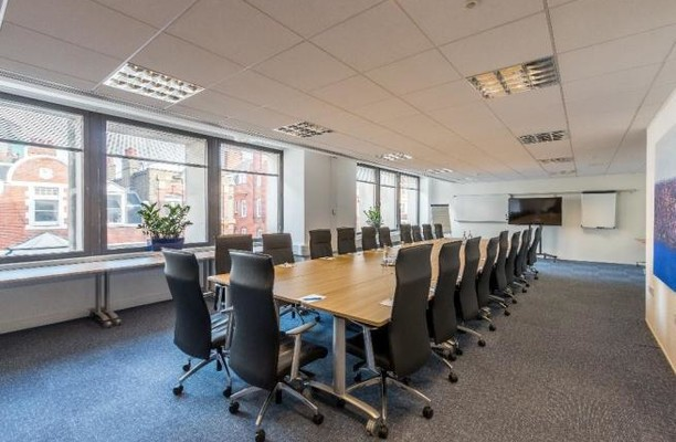 Long Acre WC2 office space – Meeting/Boardroom.