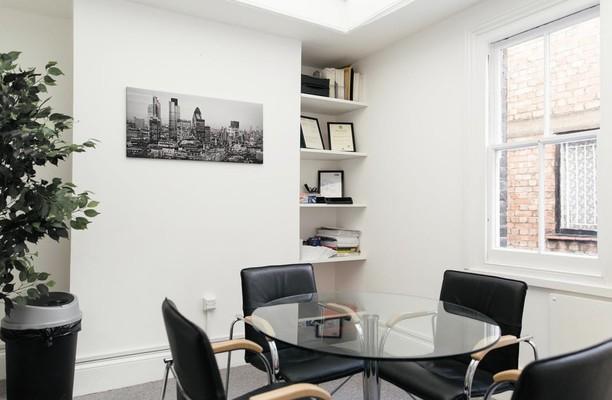 Lower James Street W1 office space – Meeting/Boardroom.