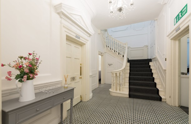 Queen Street N4 office space – Hallway