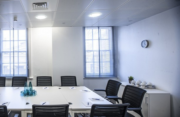 Upper Woburn Place NW1, W1 office space – Meeting/Boardroom.