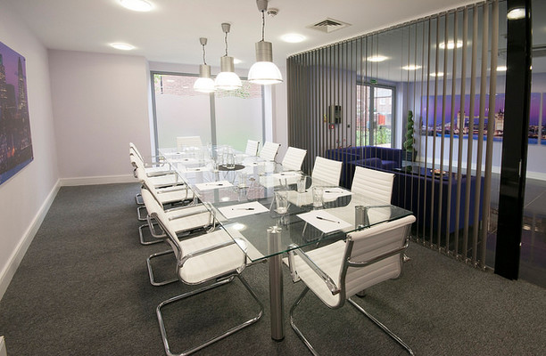 Wilds Rents SE1 office space – Meeting/Boardroom.
