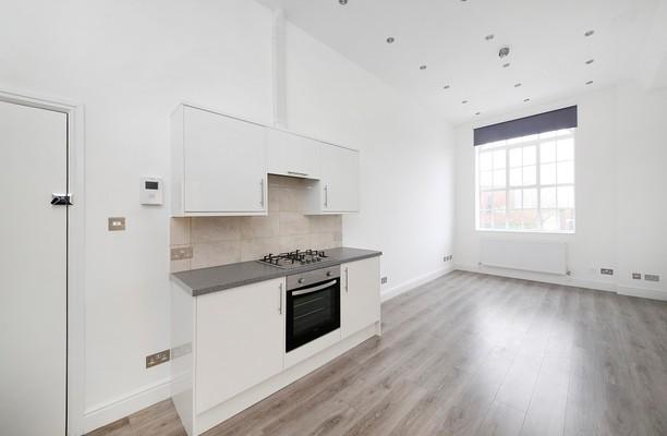 Stanley Gardens W4 office space – Kitchen