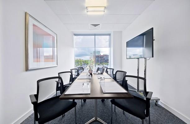 Midsummer Boulevard MK1, MK17, MK19 office space – Meeting/Boardroom.