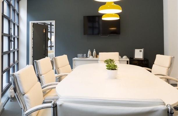 St John Street EC1 office space – Meeting/Boardroom.