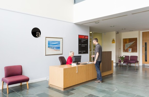 Rosebank EH54 office space – Reception