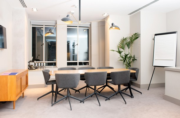 Aire Street LS1 office space – Meeting/Boardroom.