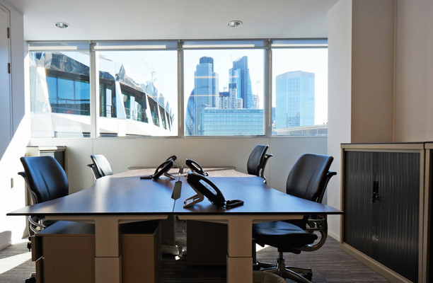 Basinghall Street EC2 office space – Private Office (different sizes available).