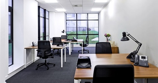 International Avenue AB10 office space – Private Office (different sizes available).