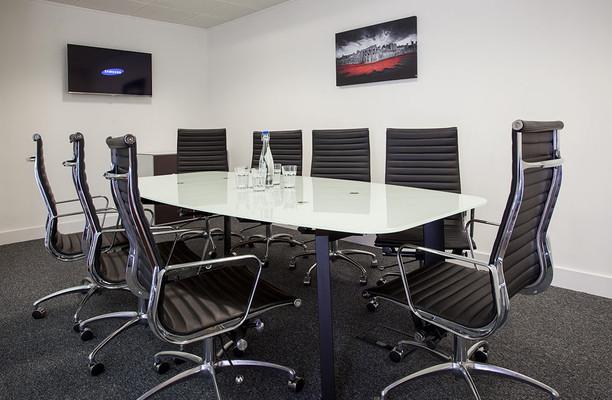 Leadenhall Street EC3 office space – Meeting/Boardroom.