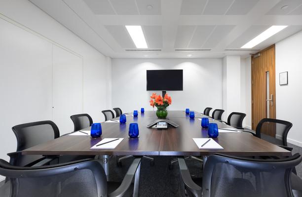 King William Street EC4 office space – Meeting/Boardroom.