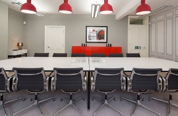 Bedford Square WC1 office space – Meeting/Boardroom.