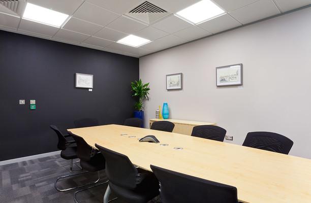 Aldgate E1, EC3 office space – Meeting/Boardroom.