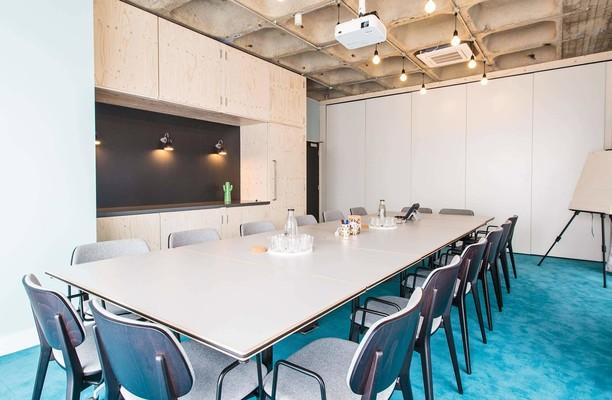 Borough High Street SE1 office space – Meeting/Boardroom.
