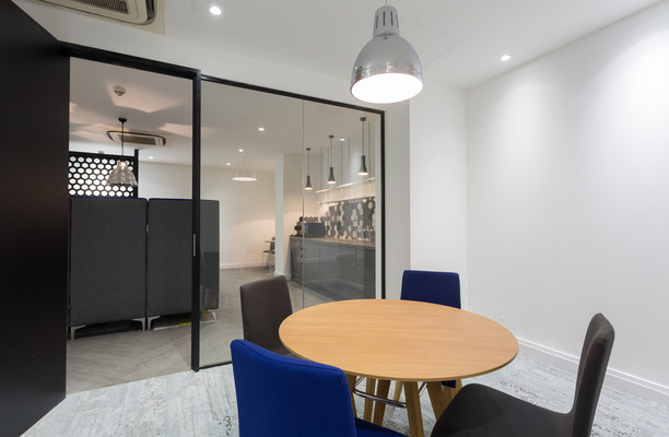 Farringdon Street EC1 office space – Meeting/Boardroom.