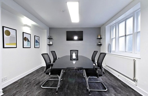 Tavistock Street WC2 office space – Meeting/Boardroom.