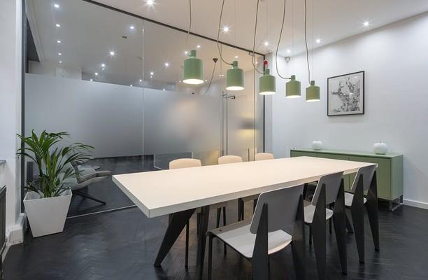 Whitefriars Street EC4 office space – Meeting/Boardroom.