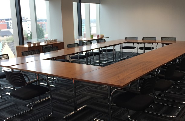Brindleyplace B4 office space – Meeting/Boardroom.