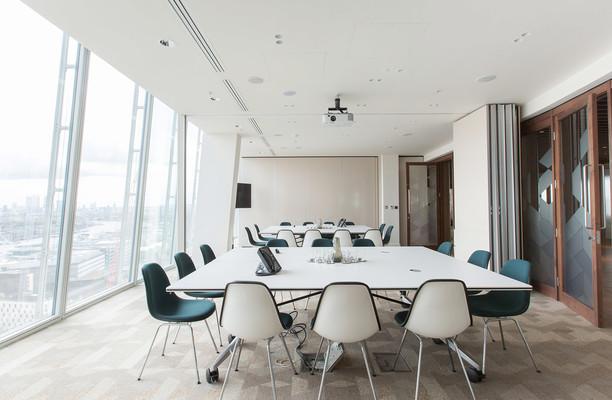 London Bridge Street SE1 office space – Meeting/Boardroom.