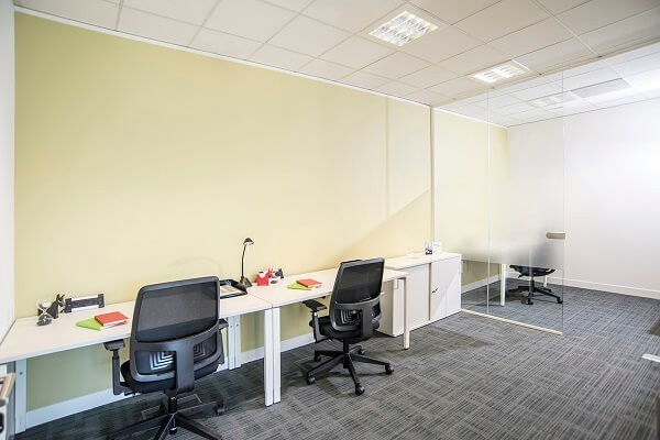Falcon Gate AL8 office space – Private Office (different sizes available).