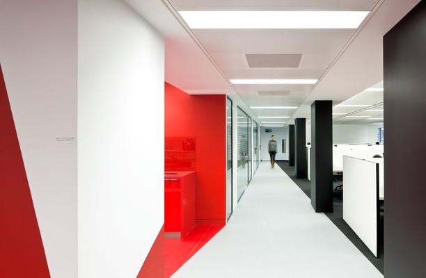 Finsbury Square EC2 office space – Hallway