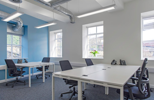 Old Lane HX1-HX7 office space – Private Office (different sizes available).
