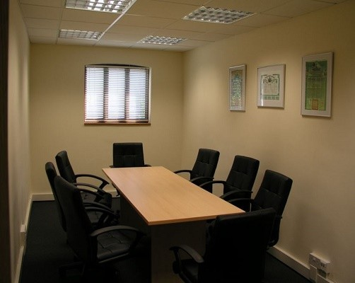 Malthouse Lane TW20 office space – Meeting/Boardroom.