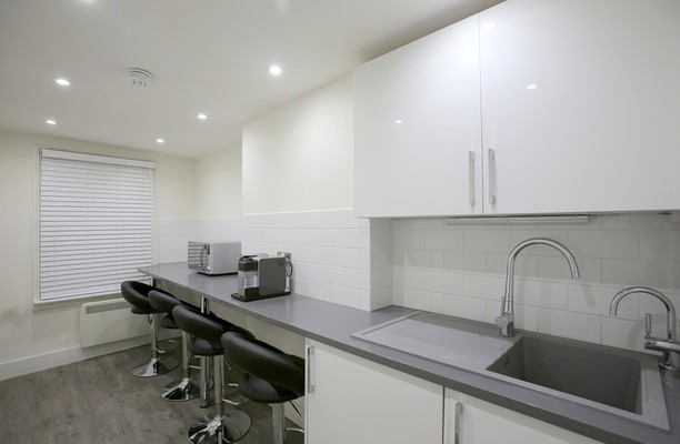 Baker Street W1 office space – Kitchen