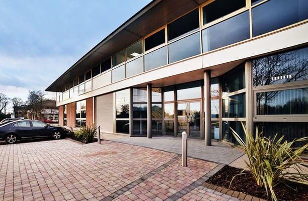 Solihull Parkway B1 office space – Building External