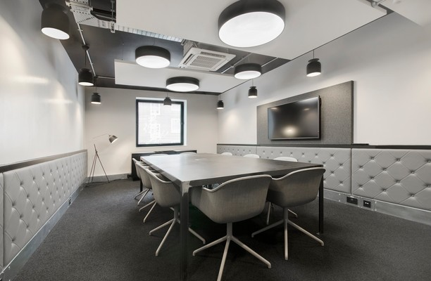 Gray's Inn Road WC2A office space – Meeting/Boardroom.