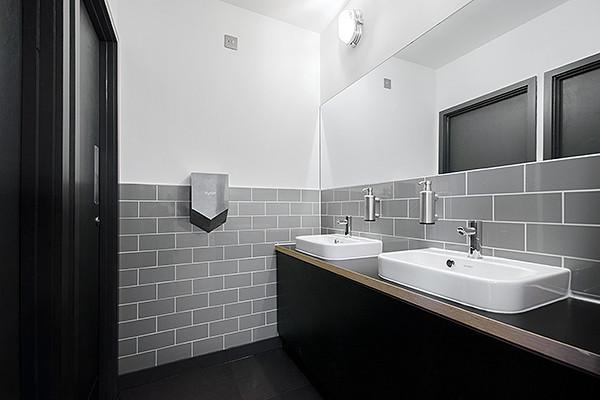 Vestry Street EC1, EC2 office space – Toilets