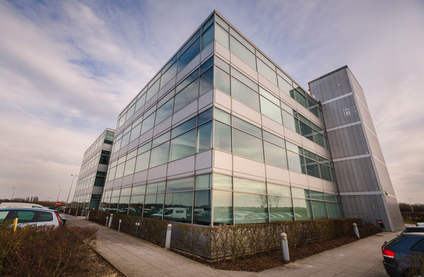 Coopers End Road CM24 office space – Building External