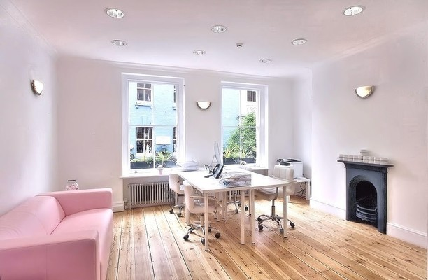 Carnaby Street W1 office space – Private Office (different sizes available).