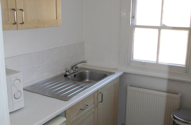 Watling Street WD7 office space – Kitchen