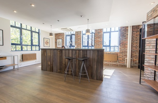 Neal Street WC2 office space – Reception
