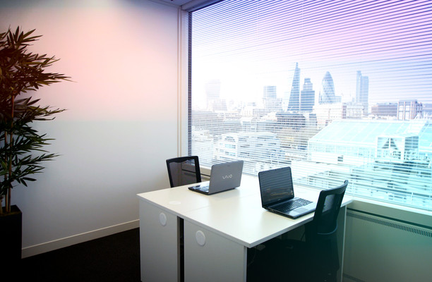 Thomas More Street E1, EC3 office space – Private Office (different sizes available).