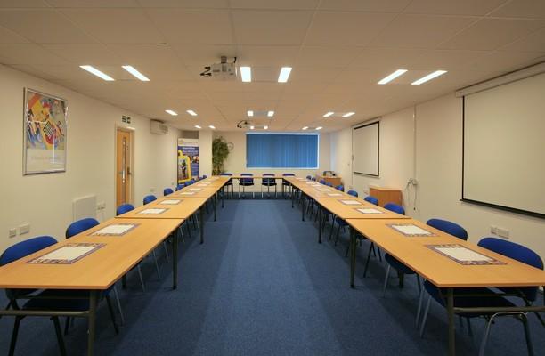 Cardiff Road CF62, CF63 office space – Meeting/Boardroom.