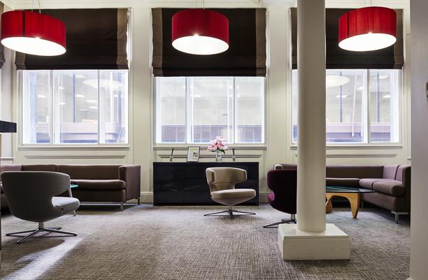 Clements Lane EC2 office space – Reception