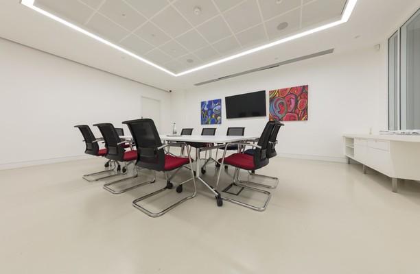Paris Garden SE1 office space – Meeting/Boardroom.