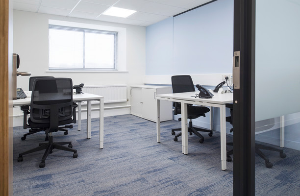 Queen Street XX1 office space – Private Office (different sizes available).