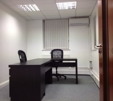 High Street WD6 office space – Private Office (different sizes available).