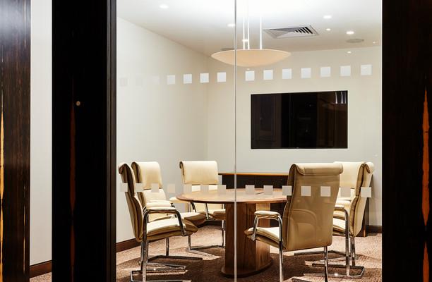Berkeley Street W1 office space – Meeting/Boardroom.